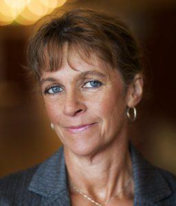 Porträttbild Helena Lindholm