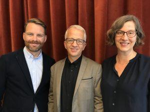 Hans Linde, Mats Hårsmar och Birgitta Weibahr står bredvid varandra och ler mot kameran