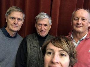 Gruppbild selfie på fyra deltagarna i podcast avsnitt 20